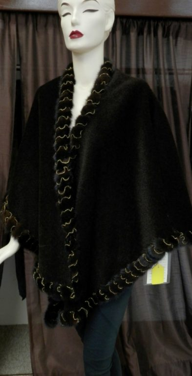 Alpaca Wool Cape with Mink and Gold Trim1