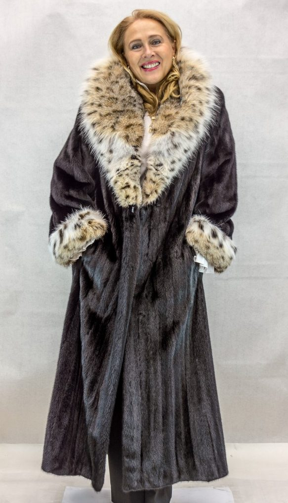 """789667add68 BLACKGLAMA® Ranch Letout Female Mink 52"""" Coat with Natural Lynx Shawl  Collar and Turn Back Cuffs – size 10-12"""